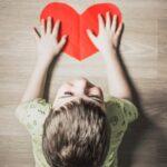 Dziecko z zaburzeniami ze spektrum autyzmu a trudności z zasypianiem – jak pomóc sobie i dziecku?